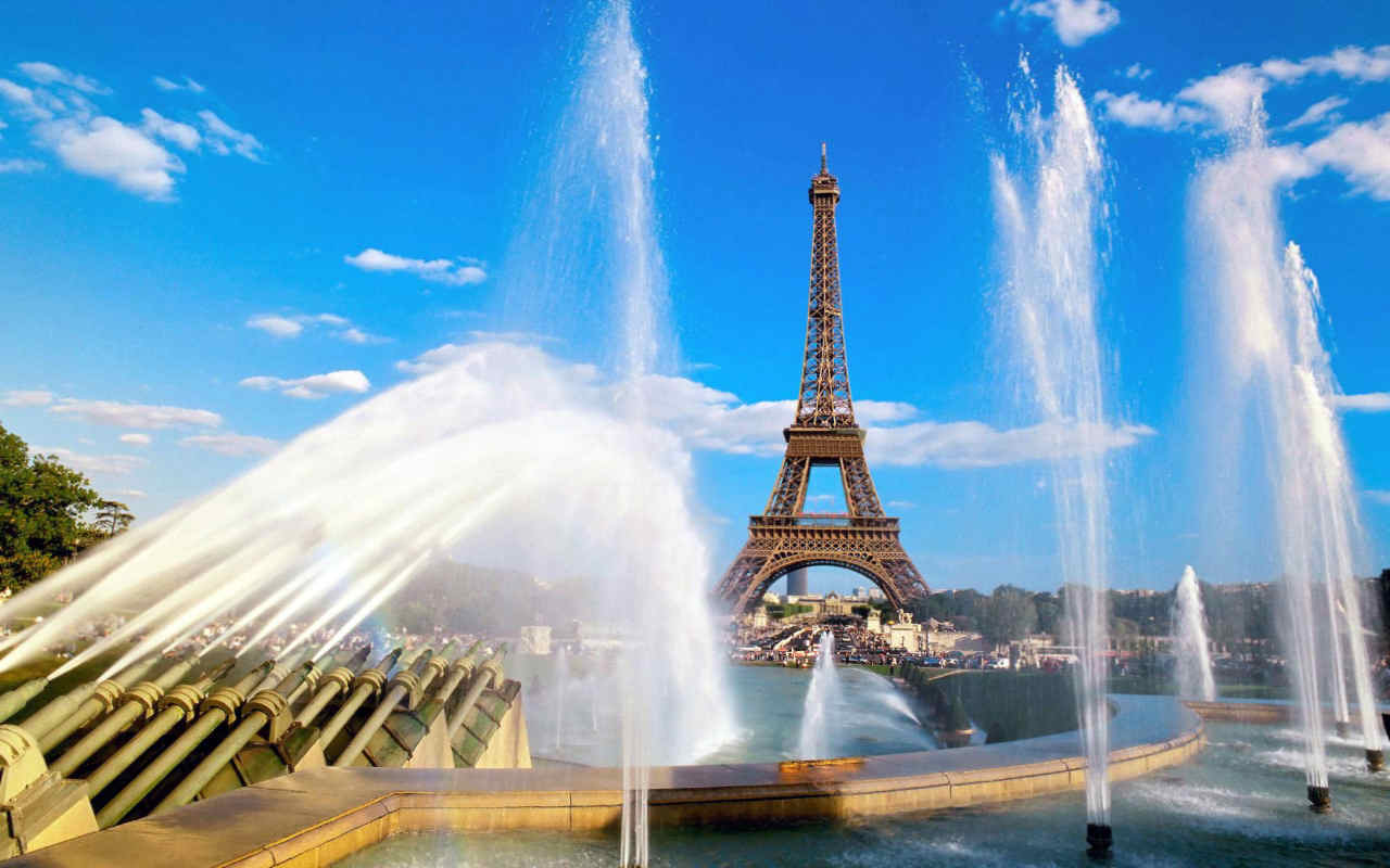 Fountains in Paris